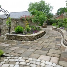 Reclaimed Yorkstone Flags and Cobbles